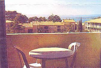 Location studio 20m² Saint-Cyr-Sur-Mer (83270) - 550€
