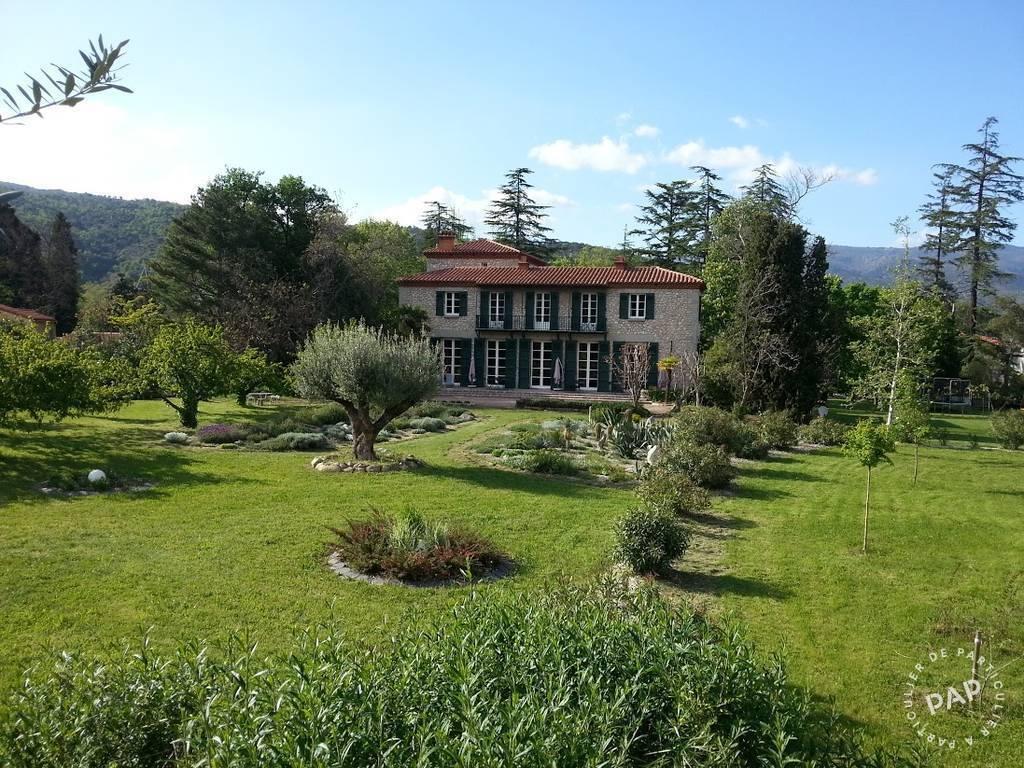 Chateau de 1950 prades pyr n es orientales 66 550 for Acheter maison collioure