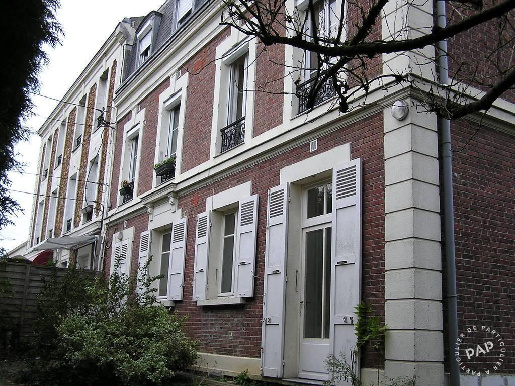 location studio 30 m saint fargeau ponthierry 77310 30 m 469 de particulier. Black Bedroom Furniture Sets. Home Design Ideas