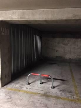 Location garage, parking Paris 20E - 85€