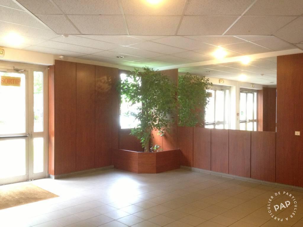 location bureaux et locaux professionnels 20 m colombes 92700 20 m 500 e de. Black Bedroom Furniture Sets. Home Design Ideas