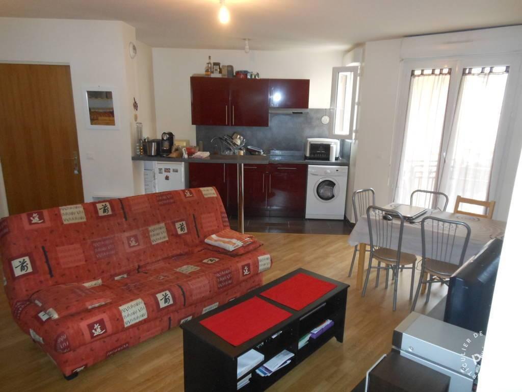location 2 pi ces melun 77000 2 pi ces louer melun 77000 journal des particuliers. Black Bedroom Furniture Sets. Home Design Ideas