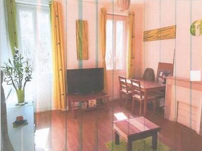 Location appartement 3pi�ces 55m� Marseille 4E - 650€