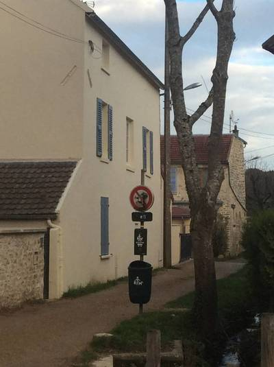 Oinville-Sur-Montcient (78250)