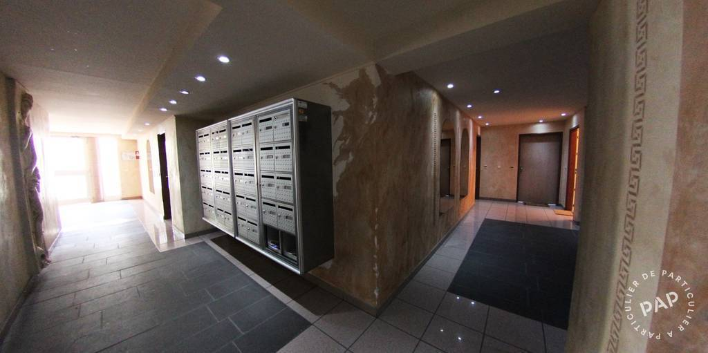 location meubl e studio 28 m strasbourg 67 28 m 650 e de particulier particulier pap. Black Bedroom Furniture Sets. Home Design Ideas