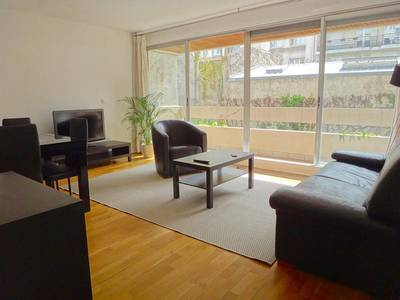 Location meubl�e appartement 2pi�ces 55m� Paris 15E - 1.940€