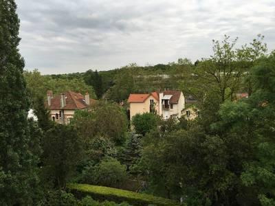 Location appartement 4pi�ces 81m� Garches (92380) - 1.780€