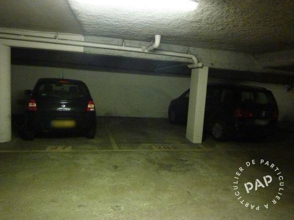 Location garage parking paris 14e 110 e de for Location garage orleans particulier