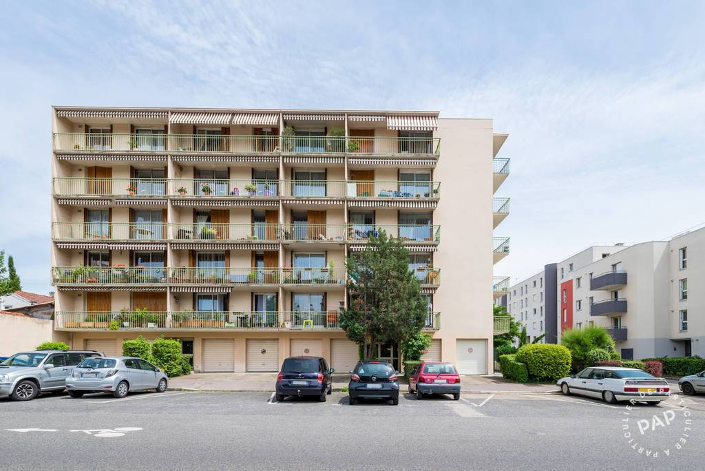 location meubl e appartement 2 pi ces 42 m lyon 3e 42 m 750 e de particulier. Black Bedroom Furniture Sets. Home Design Ideas