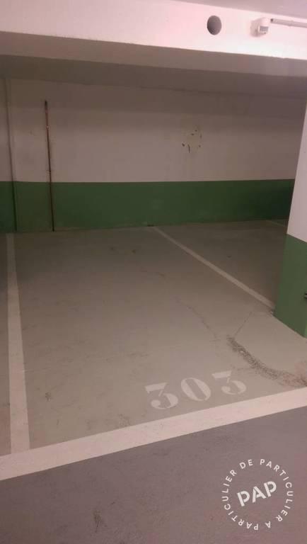 Location garage parking paris 17e 170 e de for Location garage 14