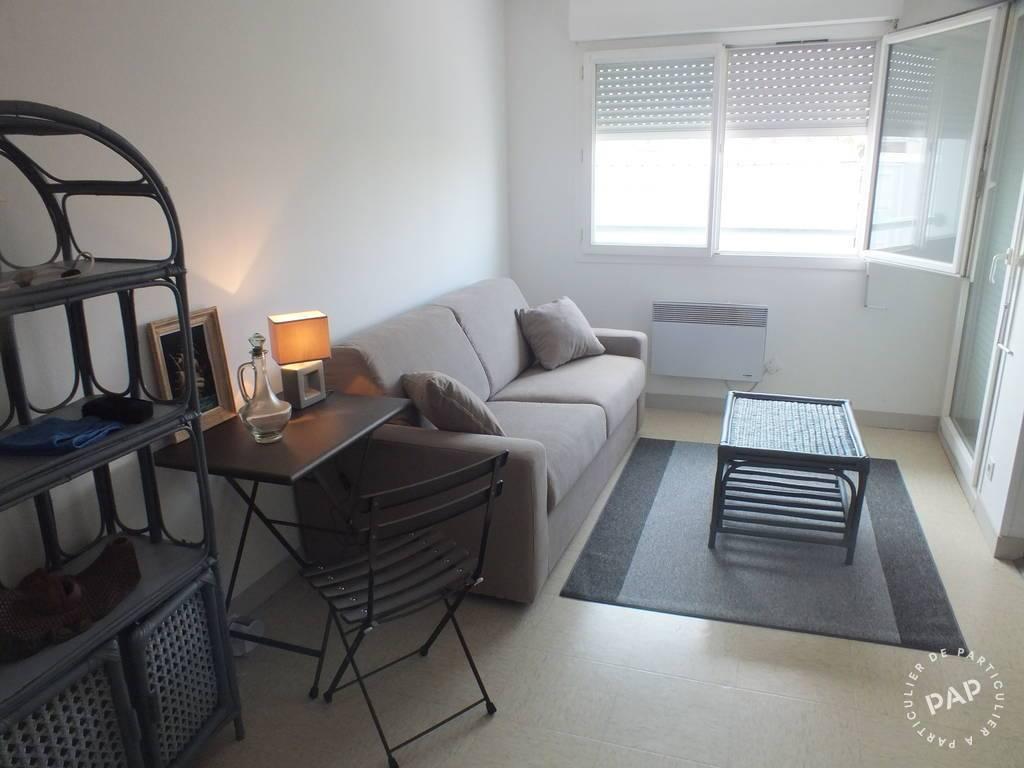 location meubl e studio 25 m la rochelle 17000 25 m. Black Bedroom Furniture Sets. Home Design Ideas