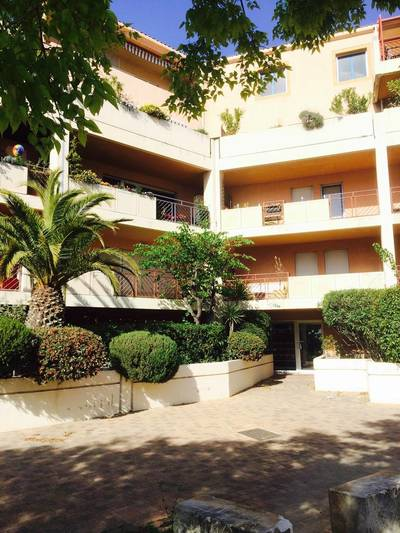 Location appartement 4pi�ces 85m� Marseille 8E - 1.300€