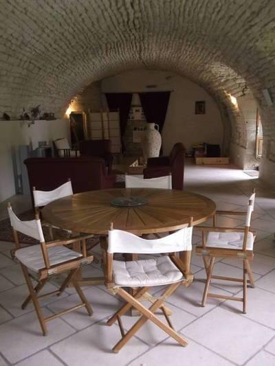 Location meubl�e maison 250m� Ardillieres (17290) - 970€