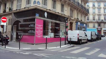 Location ou cession local commercial 75 m² Paris 9E - 1.829 €