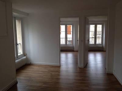 Location appartement 2pi�ces 45m� Maule - 775€