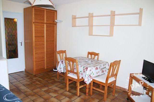 location meubl e studio 31 m anglet 64600 31 m 490 e de particulier particulier pap. Black Bedroom Furniture Sets. Home Design Ideas