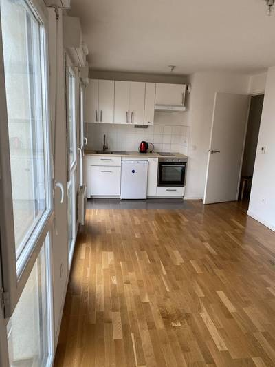 Location studio 30 m² Cergy (95) - 755 €