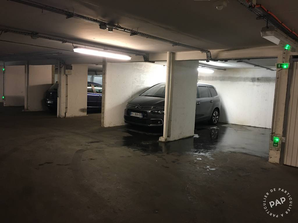 Location garage parking paris 12e 105 e de for Location box garage particulier
