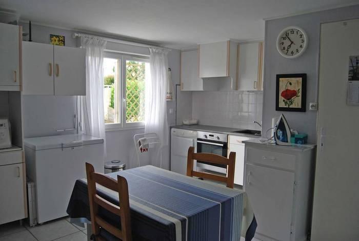 vente maison 143 m saint laurent de la pree 17450 143 m e de particulier. Black Bedroom Furniture Sets. Home Design Ideas
