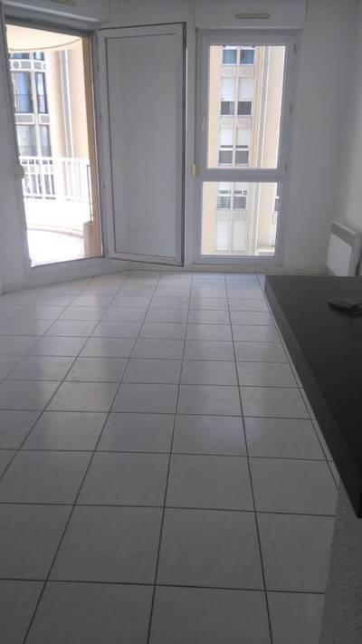Location appartement 2pi�ces 35m� Lattes (34970) - 645€