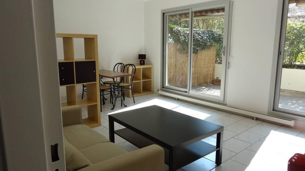 Location immobilier 1.180€ Paris 11E