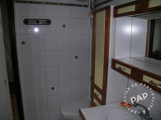 location studio 25 m versailles 78000 25 m 730 e de particulier particulier pap. Black Bedroom Furniture Sets. Home Design Ideas