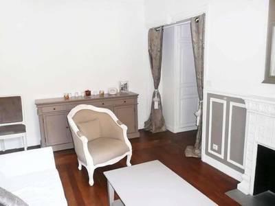 Location meublée appartement 2pièces 40m² Paris 3E - 1.580€