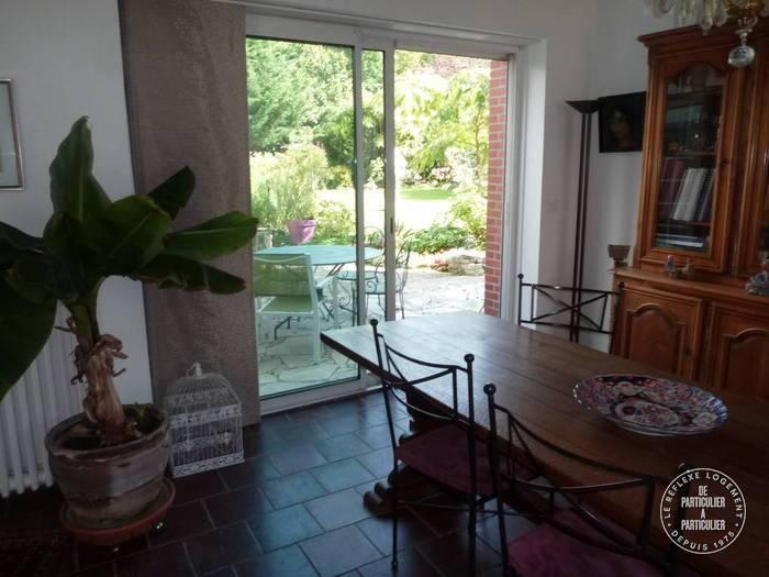 vente maison 180 m fontenay sur loing 45210 180 m de particulier. Black Bedroom Furniture Sets. Home Design Ideas