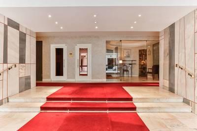 Location appartement 2pi�ces 57m� Paris 16E - 1.900€