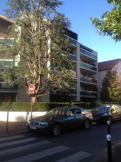 Location appartement 5pièces 87m² Saint-Maur-Des-Fosses (94) - 2.037€