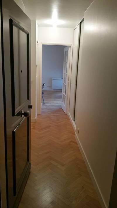 Location meubl�e studio Courbevoie (92400) - 920€