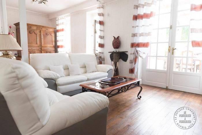 Maison 240.000€ 300m² 30 Mn Bourges