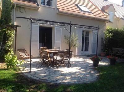 Location meubl�e maison 159m� Soisy-Sous-Montmorency (95230) - 1.900€