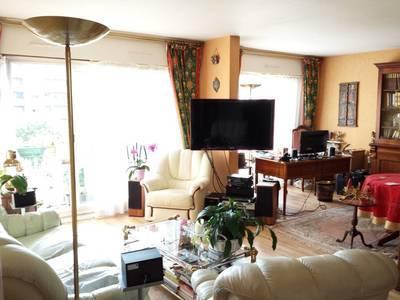 Location appartement 3pi�ces 64m� Paris 19E - 1.665€