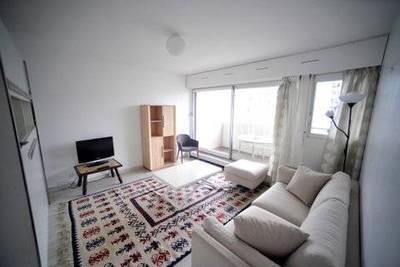 Location meublée appartement 2pièces 50m² Paris 15E - 1.523€