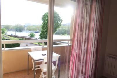 Location meubl�e appartement 2pi�ces 32m� Lyon 4E - 620€