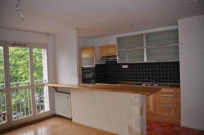 Location appartement 3pi�ces 65m� Les Ulis (91940) - 950€