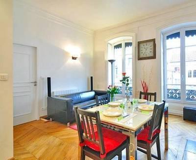 Location meubl�e appartement 3pi�ces 56m� Lyon 2E - 1.500€