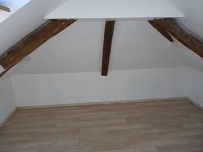 Location appartement 2pi�ces 23m� Chars (95750) - 640€