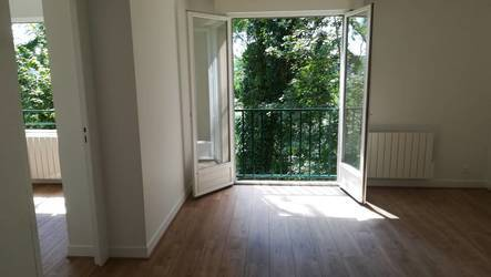 Location appartement 2pi�ces 40m� Orsay (91400) - 840€