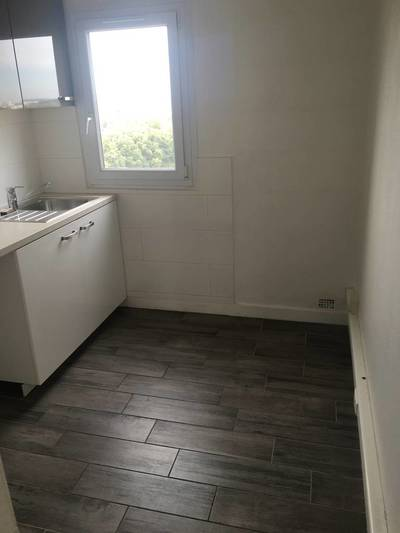 Location appartement 4pi�ces 68m� Evry (91000) - 975€
