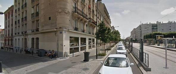 Location ou cession local commercial 151m� Saint-Denis (93) - 2.500€