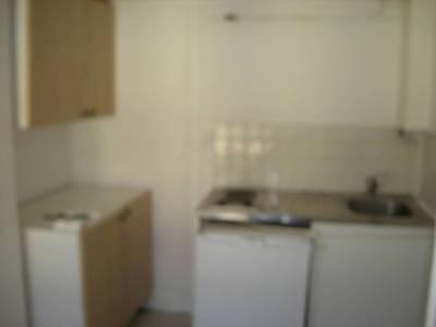 Location studio 22m² Paris 9E - 780€