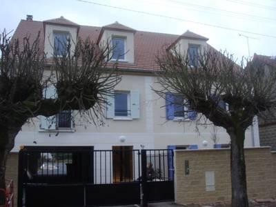 Location appartement 3pi�ces 70m� Coye-La-Foret (60580) - 920€