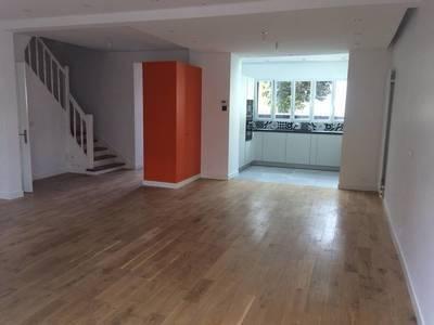 Location maison 220m² Issy-Les-Moulineaux (92130) - 4.500€