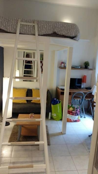 Location meubl�e studio 18m� Paris 19E - 640€