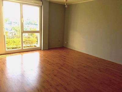 Location meubl�e appartement 2pi�ces 25m� Cannes (06) - 630€