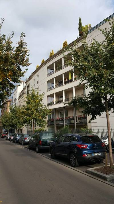 Location bureaux et locaux professionnels 80m� Suresnes (92150) - 1.995€