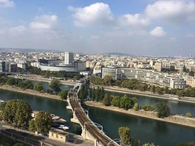 Location appartement 5pi�ces 137m� Paris 15E - 3.500€