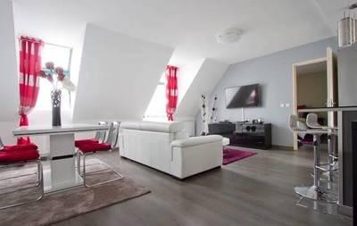 Location meubl�e appartement 2pi�ces 60m� Paris 3E - 2.800€